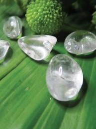 cristal de roche pierre roulée lithothérapie